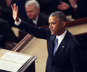WASHINGTON, DC - JANUARY 20:  U.S. President Barack Obama waves at the conclusion of his State of the Union speech before members of Congress in the House chamber of the U.S. Capitol January 20, 2015 in Washington, DC. Obama was expected to lay out a broad agenda to including attempts to address income inequality and making it easier for Americans to afford college education and child care. (Photo by Alex Wong/Getty Images)